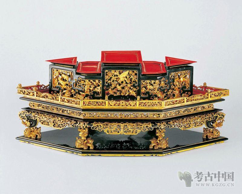 清代 · 菱形馔盒(广东省博物馆)