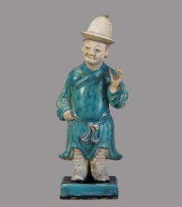 明代 · 彩釉陶侍从俑(成都博物馆)