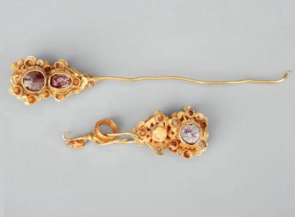 明代 · 金簪(广西壮族自治区博物馆)
