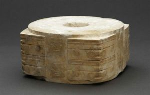新石器时代 ·   良渚文化玉琮(浙江省博物馆)