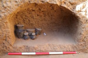 陕西:寨山石城考古新发现——首次全面揭露石峁文化大型墓地