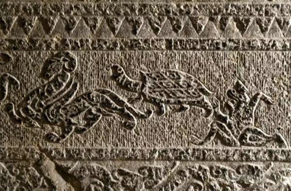 铁器时代 · 安丘画像石墓