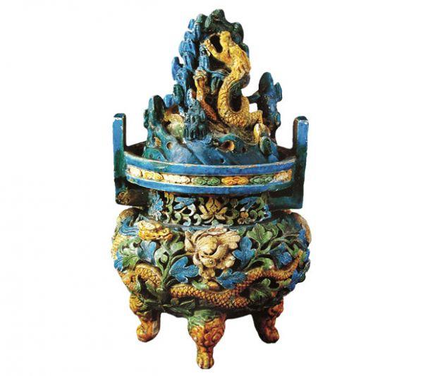 元代 · 琉璃三彩龙凤纹熏炉(首都博物馆)