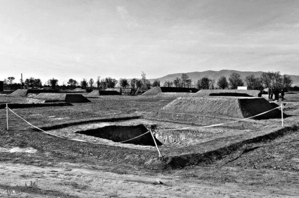 山西朔州发现215座古代墓葬