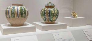 """中国国家博物馆:""""浮槎万里""""——近三百文物呈现古代陶瓷海上贸易"""