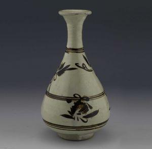 元代 · 白釉褐彩玉壶春瓶(山西博物院)