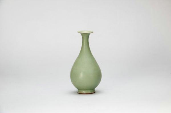 南宋 · 龙泉窑青瓷玉壶春瓶(重庆中国三峡博物馆)
