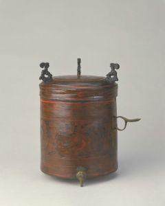 西汉 · 彩绘漆云凤纹樽(故宫博物院)