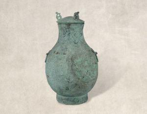 战国 · 填漆云纹铜方壶(四川博物院)
